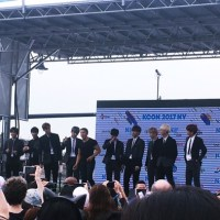 KCON Day One: My Hi-Touch Experience