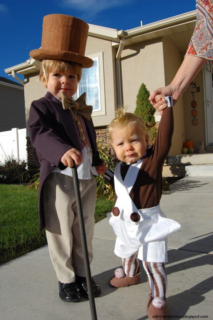 Favorite Halloween Costume Ideas for Pairs: Willy Wonka and Oompa Loompa | Oh Lovely Day