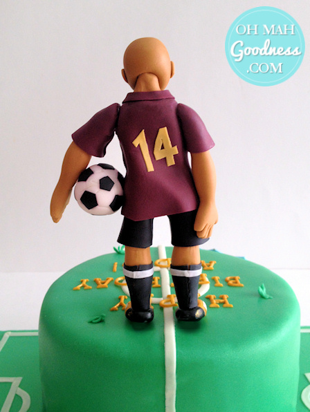 Gum paste soccer player