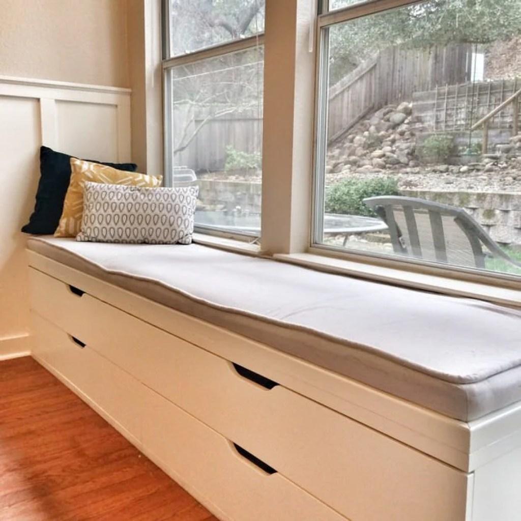 12 Fabulous Functional Diy Storage Benches Ohmeohmy Blog