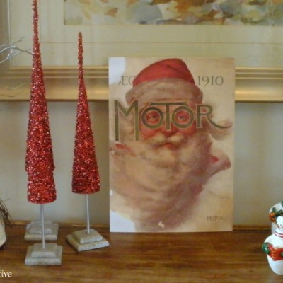 Merry Christmas – Vintage Magazine Santa Decoration!