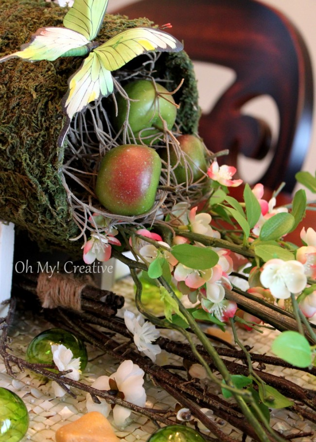 Natural Floral Easter or Spring Tablescape,