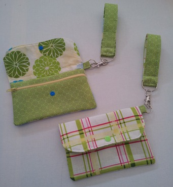 DIY Wristlet Wallet for iphone