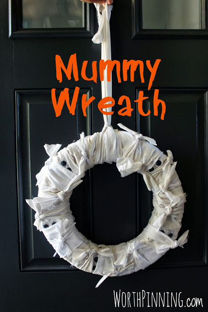 mummy wreath