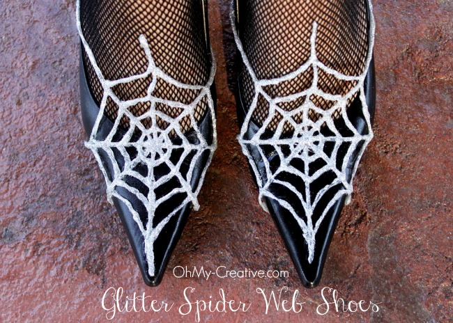 Glitter Spider Web Halloween Shoes  |  OhMy-Creative.com_