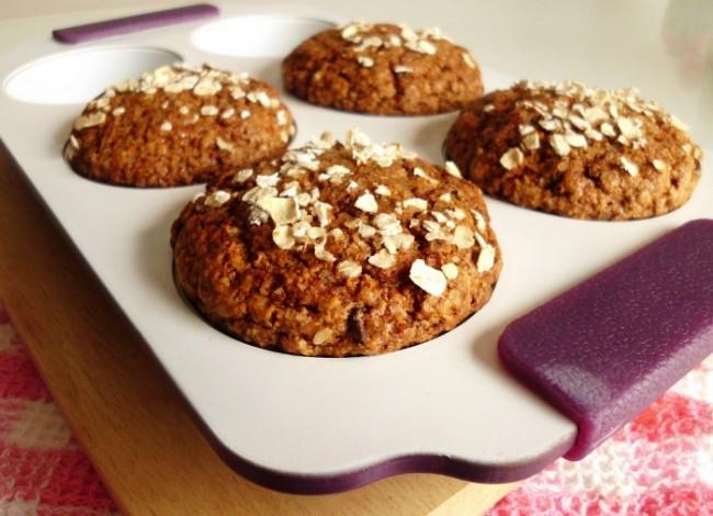 chocolate-chip-oat-bran-muffins