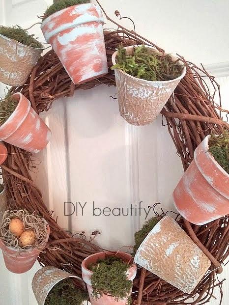 Flower Pot Wreath with Moss