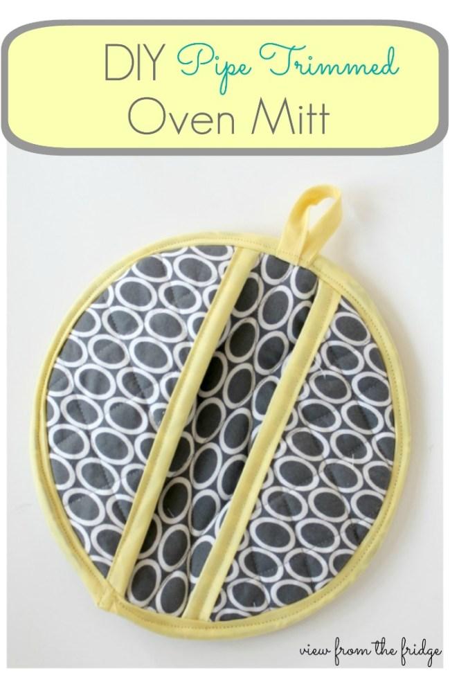DIY Pipe-Trimmed-Oven-Mitt
