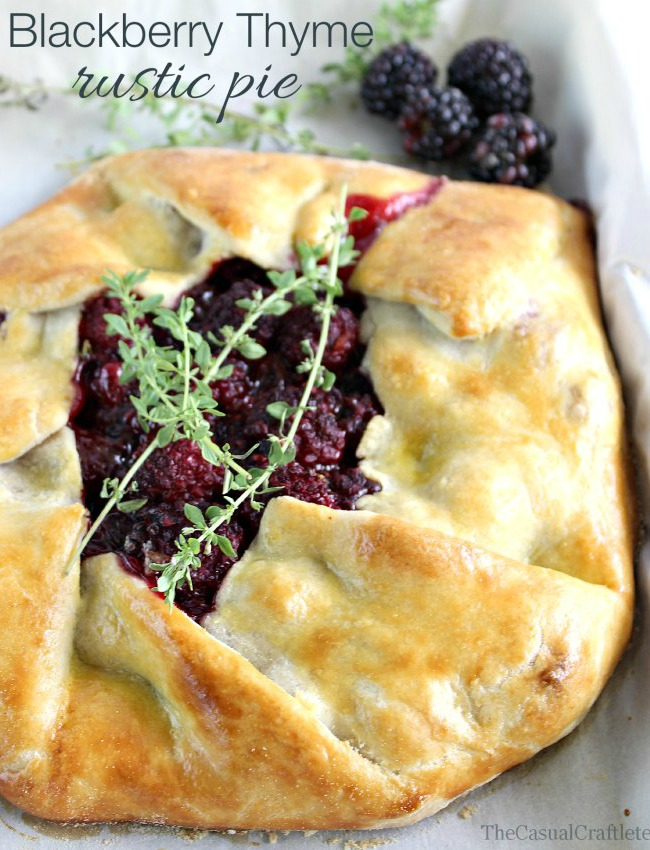 Blackberry-Thyme-Rustic-Pie-www.thecasualcraftlete.com-for-www.ohmycreative.com_