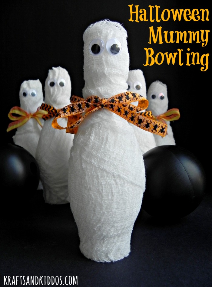 Halloween Mummy Bowling - a cute kids Halloween party game or fun in the classroom too!