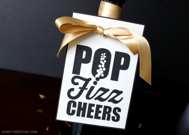 Pop Fizz Clink Free Printable Champagne Bottle Gift Tag   OHMY-CREATIVE.COM