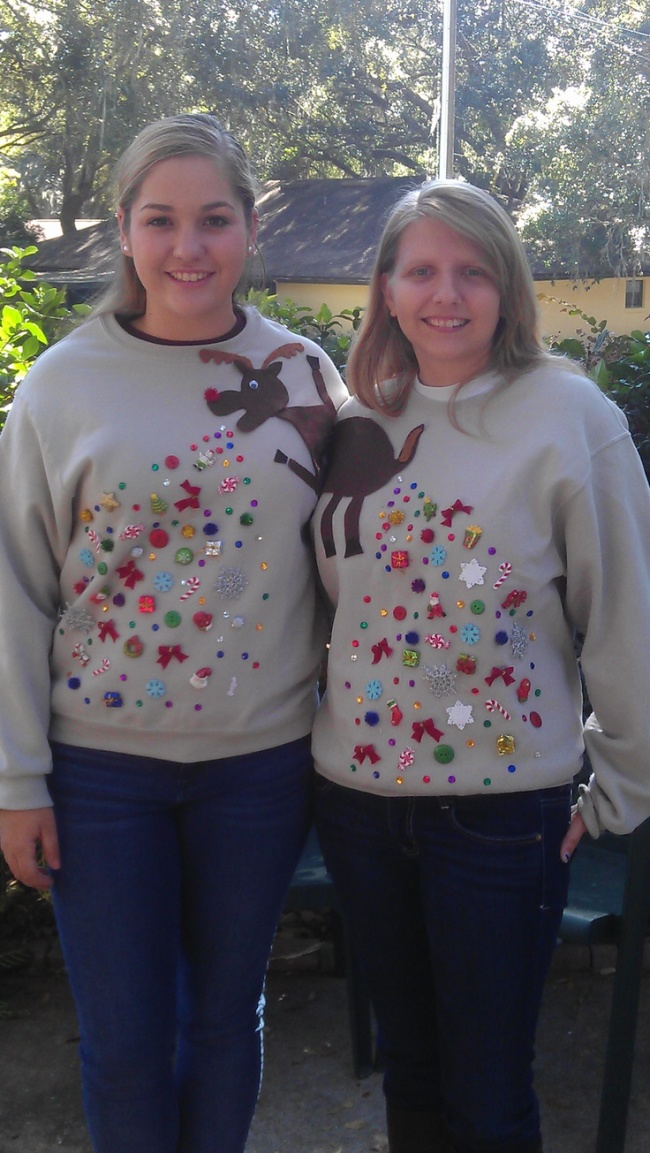 Ugly christmas jumpers - Reindeer Ugly Christmas Sweater for two