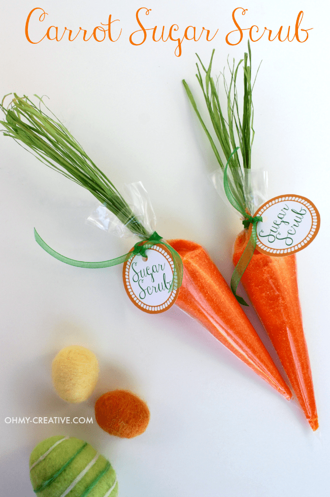 This Spring Carrot Sugar Scrub is easy to make and makes a pretty favor for Spring celebrations, bridal or baby showers or to add to an Easter Basket | OHMY-CREATIVE.COM