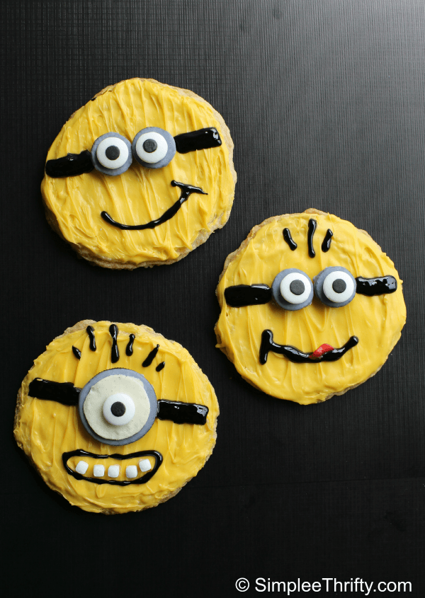Decorated Minion Sugar Cookies