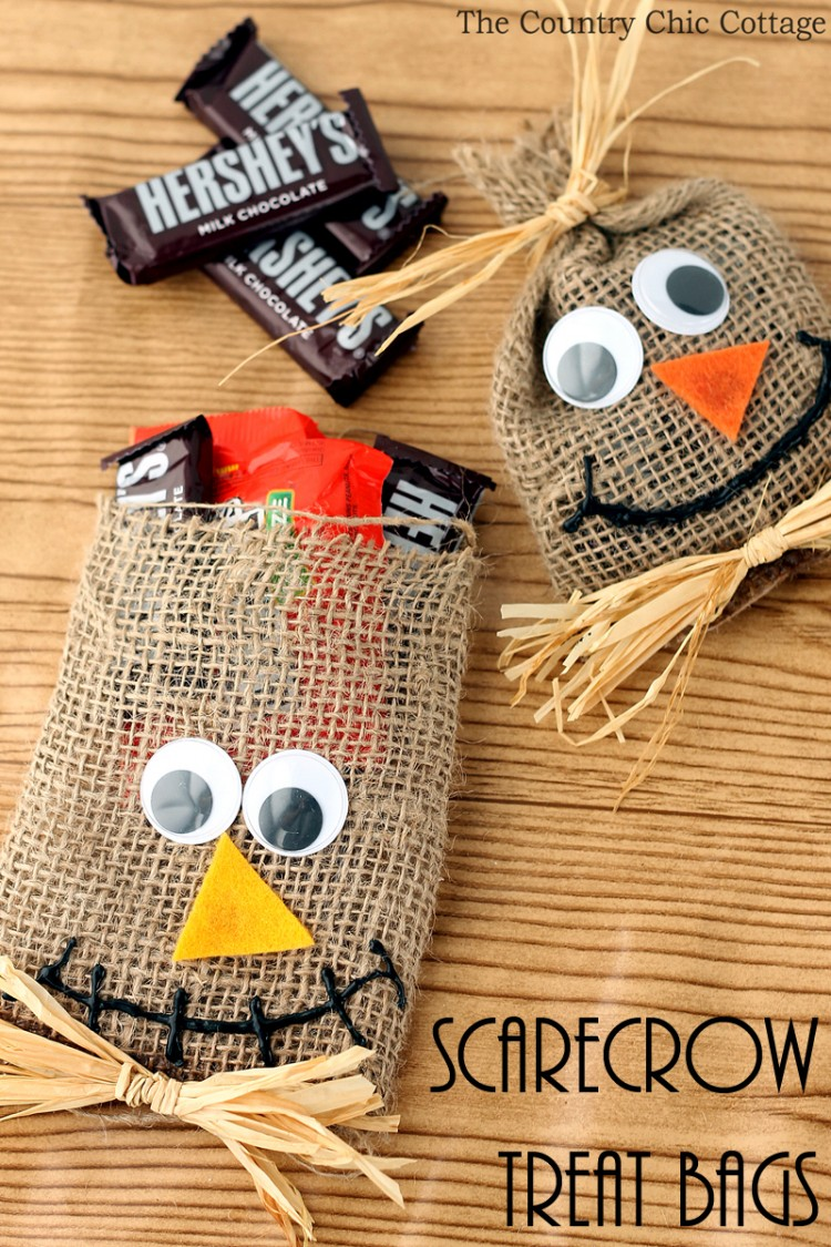 scarecrow treat bags for Halloween