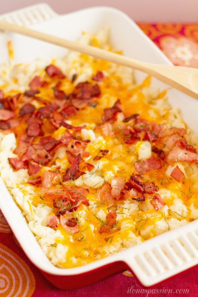 Colby Jack Cheese and Bacon Mashed Potato Casserole | 30 Graduation Party Food Ideas | OHMY-CREATIVE.COM