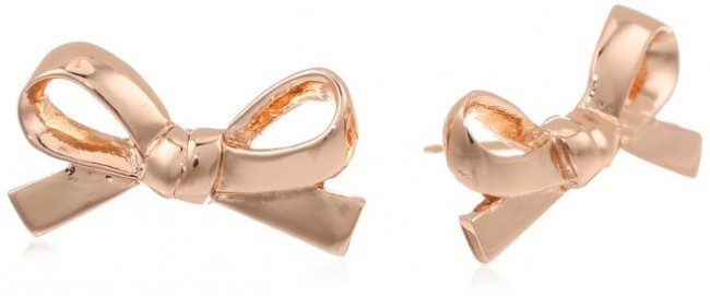Kate Sapde New York Skinny Mini Rose Gold Colored Bow Stud Earrings - Don't know what to get for mom this Mother's Day? Here are a few Pretty Gifts For Mom on Mother's Day she will love! | OHMY-CREATIVE.COM