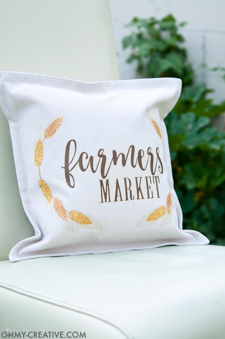 Easy DIY Farmhouse Fall Decor Pillow