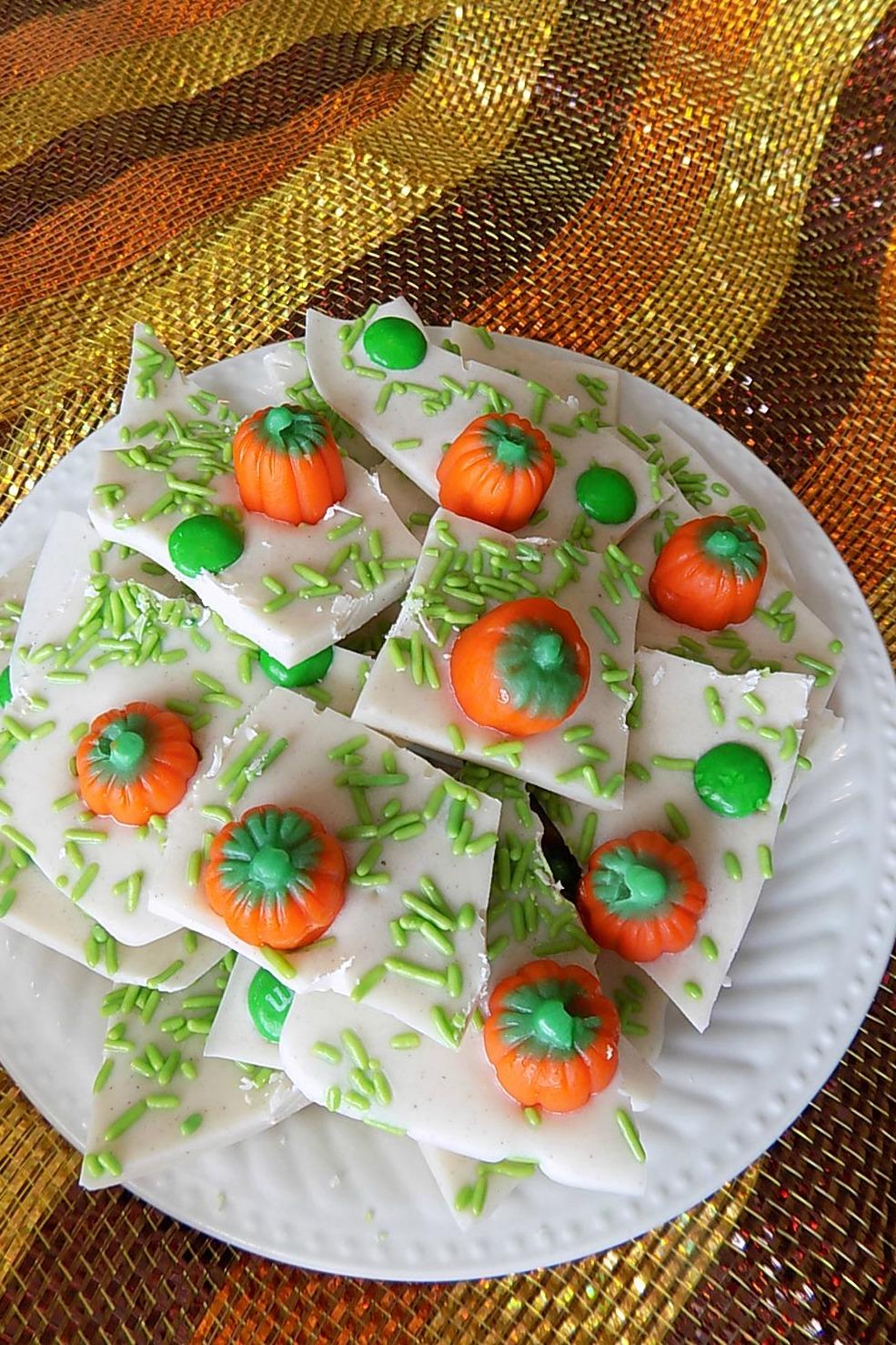Pumpkin Patch Candy Bark Recipe