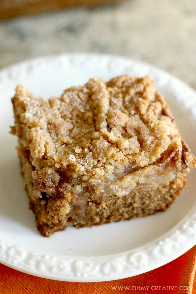 Gingerbread Apple Pie Cake