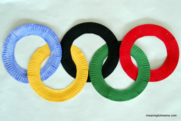 Olympic Paper Plate Rings Craft | 20 PAPER PLATE CRAFTS FOR KIDS | OHMY-CREATIVE.COM | kids crafts | paper plates | preschool crafts | kindergarten crafts | school kids crafts | Under the sea crafts | paper plate animal crafts | rainbow craft | olympics craft | watermelon craft | monster craft | paper craft