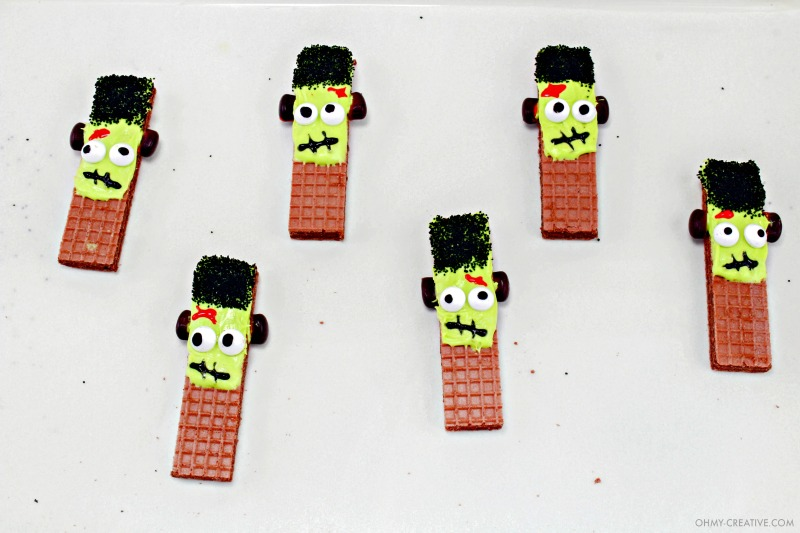 Six finished Frankenstein Cookies