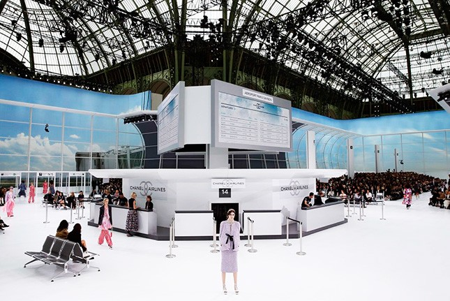 Chanel-Airlines-4