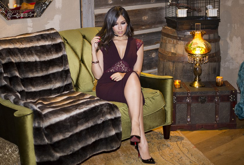 A influencer Mônica Araújo usa vestido S Trend no Spa do hotel Le Parker Meridien, em Nova York.