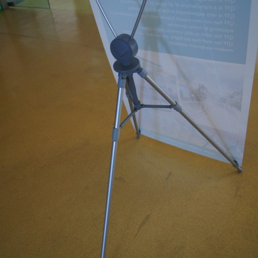 X-Frame-Banner-Stand-Close-up-1