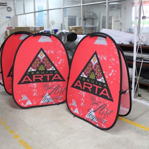 customized-pop-up-banners