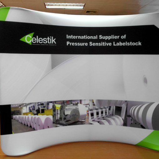 Curved-tension-fabric-display (1)