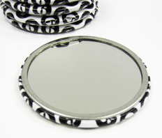 Printed buttons with mirrors