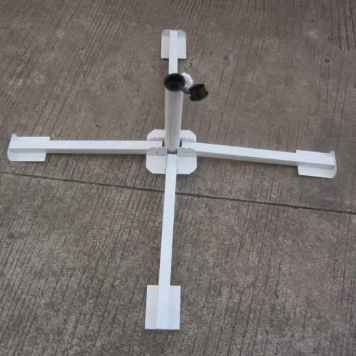 Cross-Iron-Base-for-Umbrellas