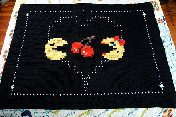 pac man ms pac man throw