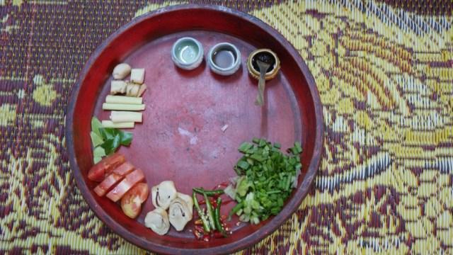 Zutaten für eine Tom Yam Suppe