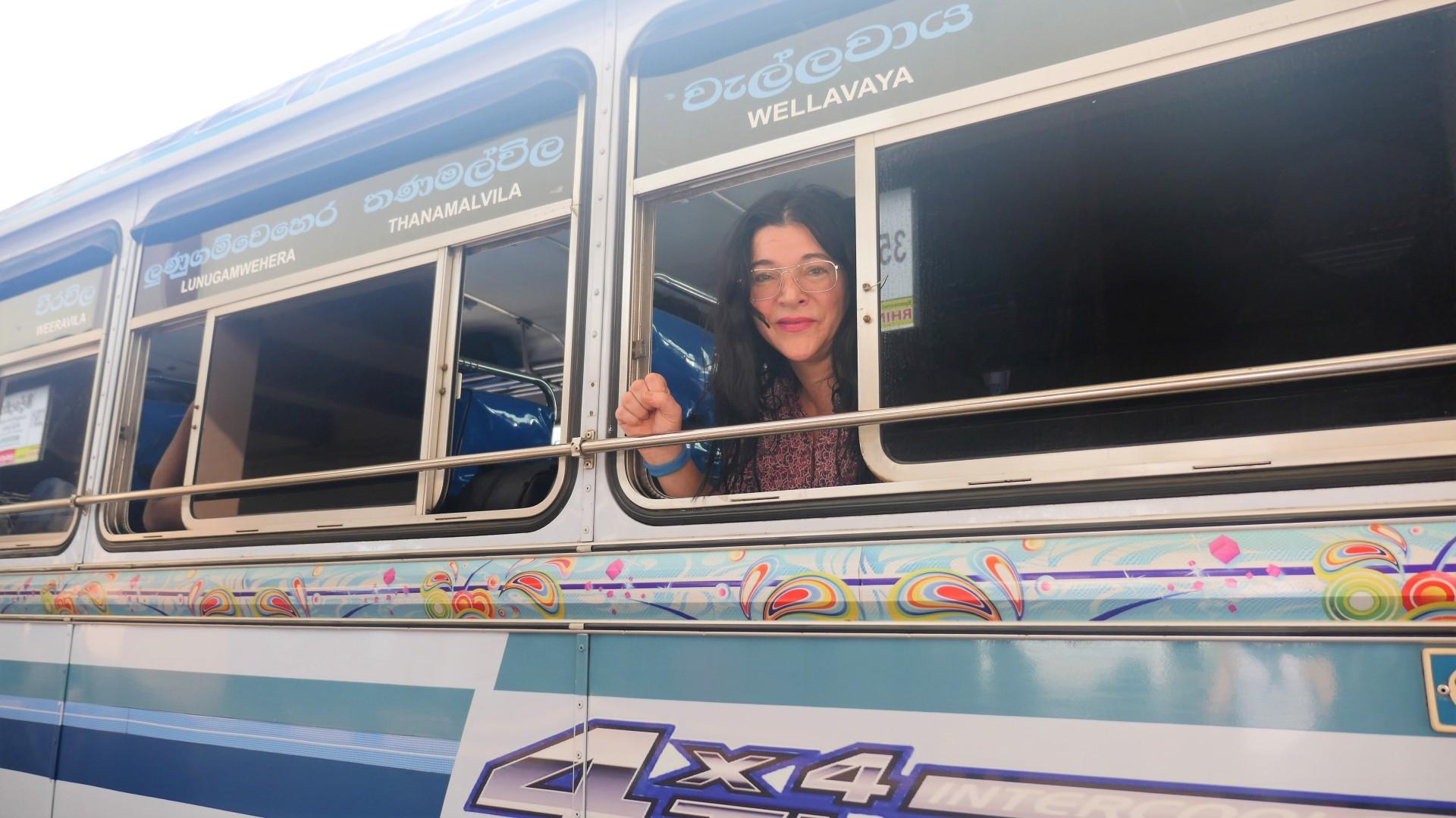 Mit Bussen und Bahn durch Sri Lanka