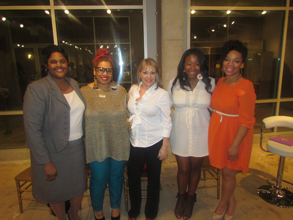 Kim Hodges (Savor the Savings), Adrienne Gadling (Sadiddy Magazine), Kat Flynt (Flynt Makeup Academy), Alexis Lee (I Heart Hair), and event moderator and host Mimi J