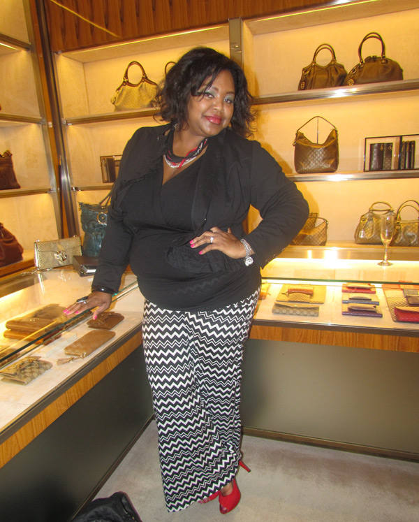 Nikka Shae checking out all the fabulous girly goodies by Gucci