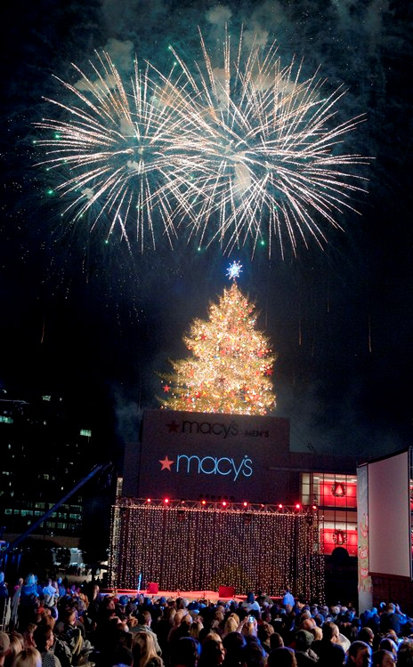 Macy's Great Tree Lighting ceremony at Lenox Square