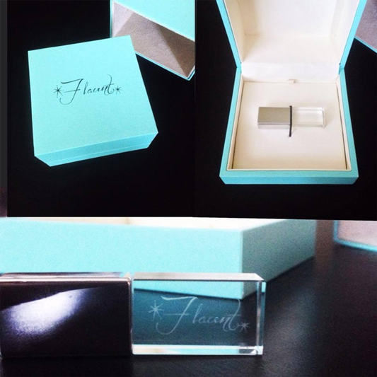 Kris Janovitz - Flaunt Boudoir little blue box