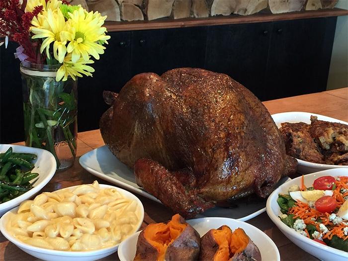 521 Kitchen & Que Thanksgiving Dinner