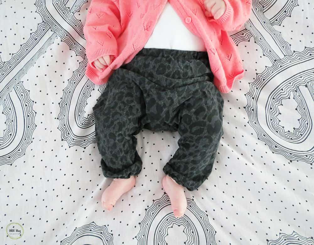 Easy to sew DIY baby pants