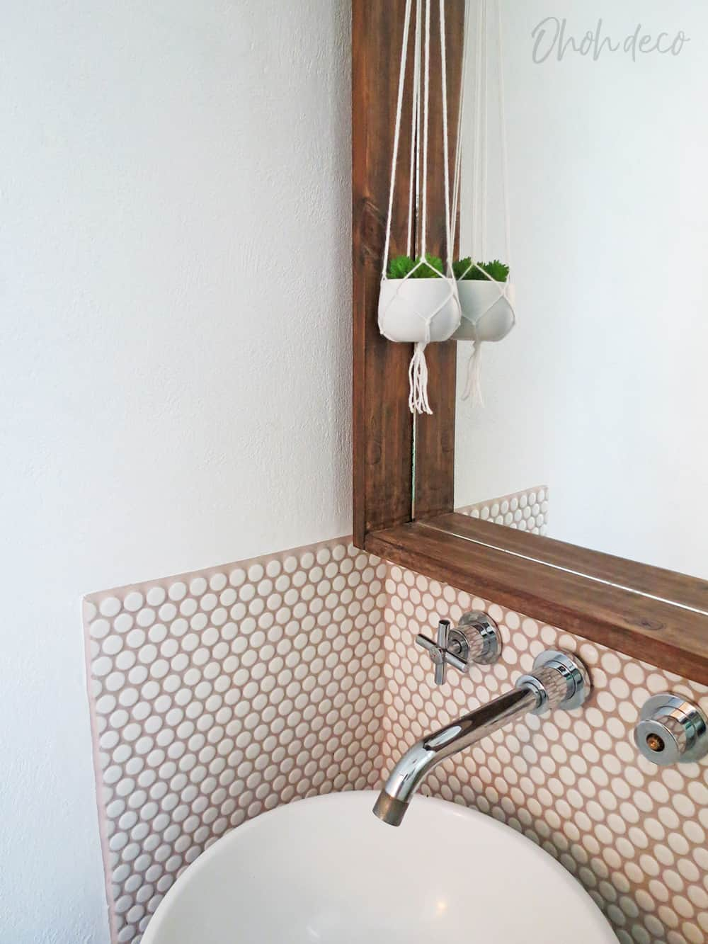 How to place a mosaic tiles backsplash