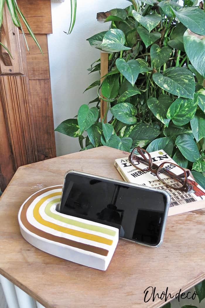 DIY desk phone stand