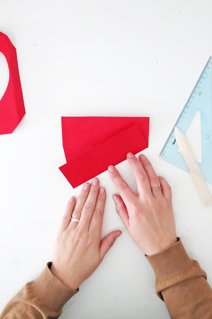 cut and fold the paper photo frame