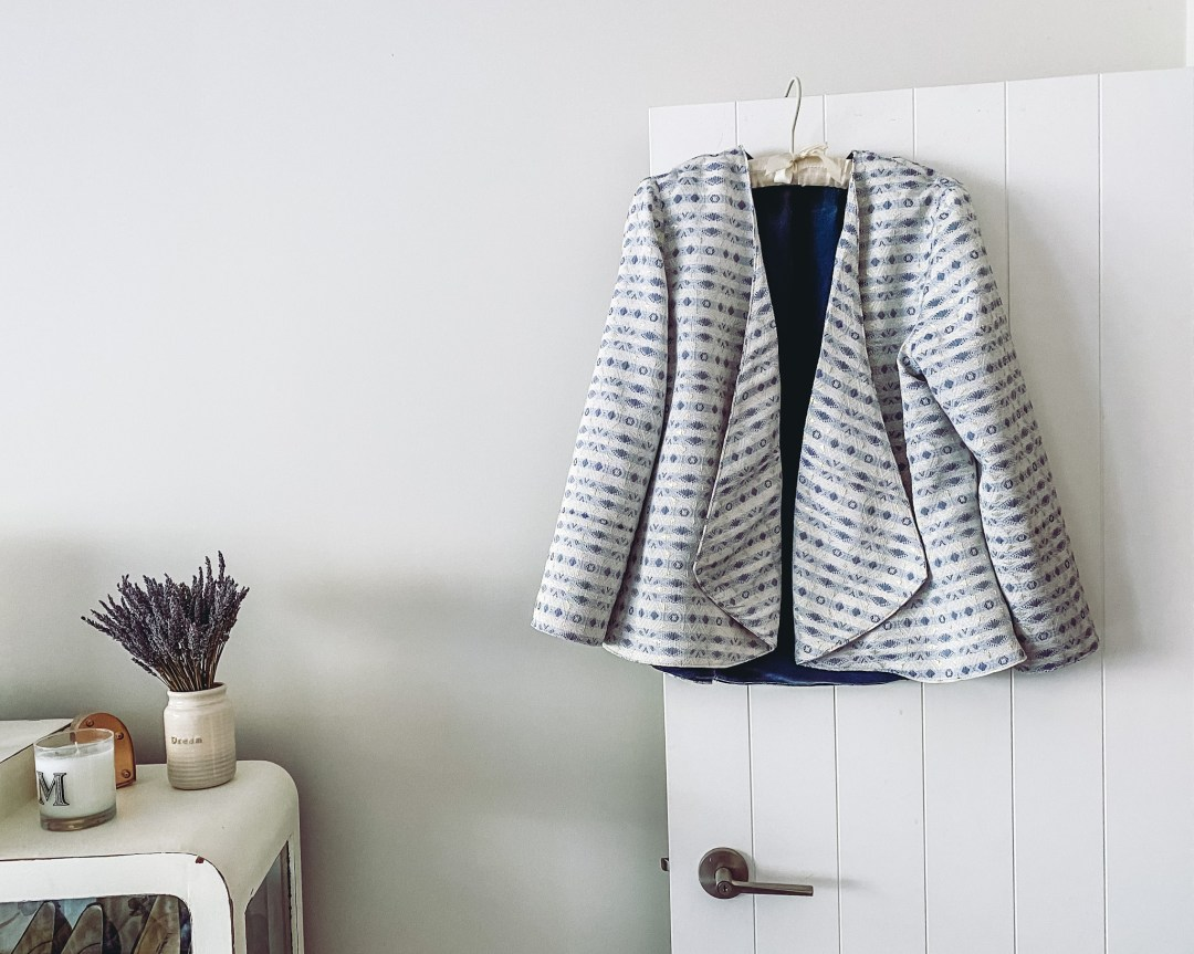 Chut Charlotte Sur Mon 31 Jacket Pattern review by Oh Sew Fearless