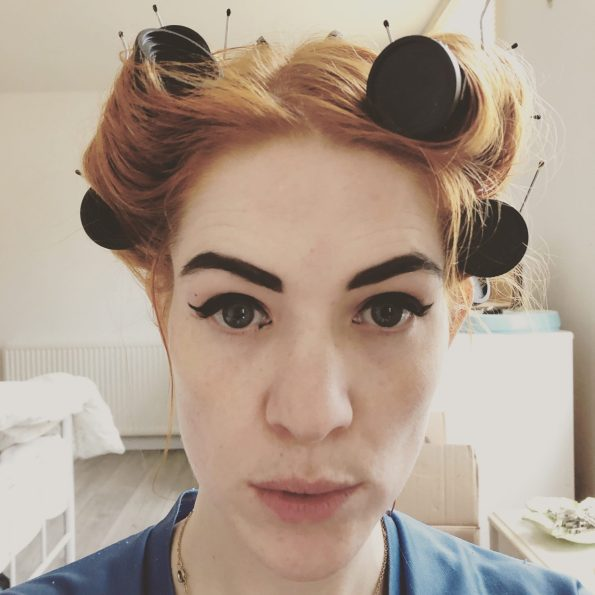 pin up with cat eye and rollers