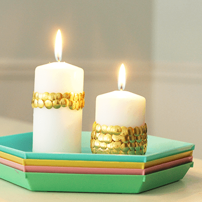 DIY  //  THUMB TACK SCALLOPED CANDLES