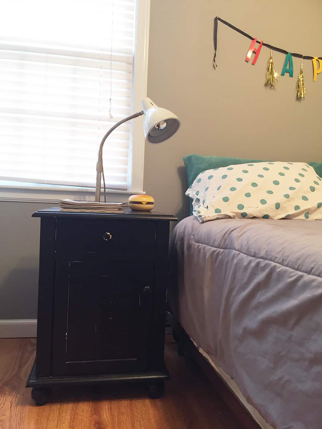 Oh So Lovely Blog guest room home tour and DIY night stand update using Dixie Belle paints