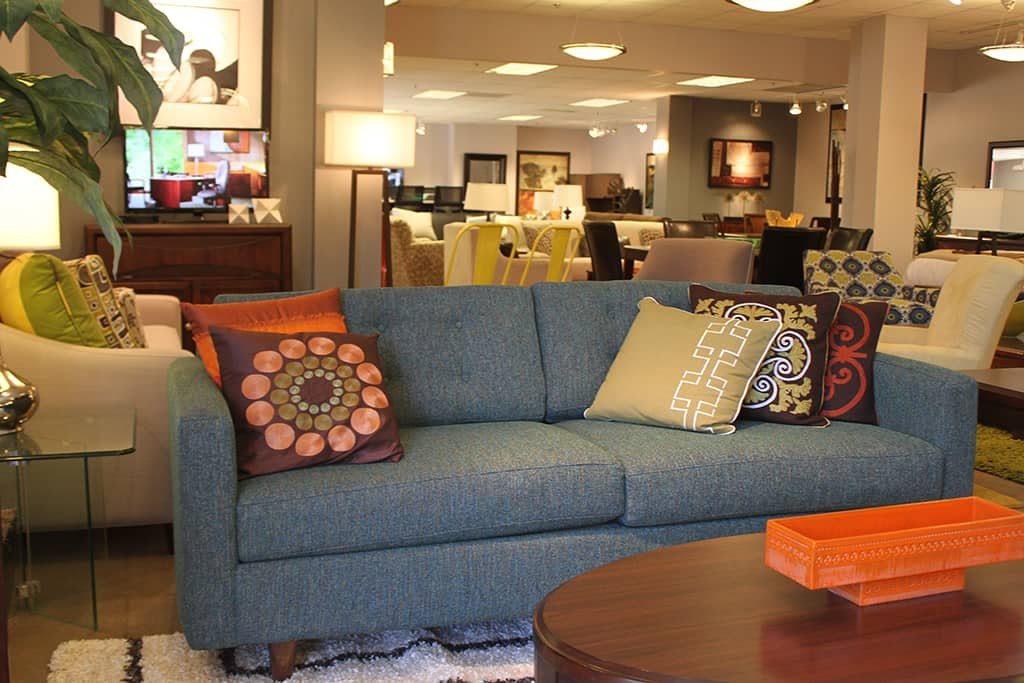 Cort clearance center quality furniture at affordable prices for Cheap quality couches